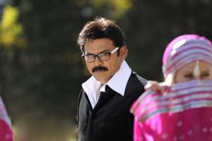 Venkatesh Bodyguard Latest Stills