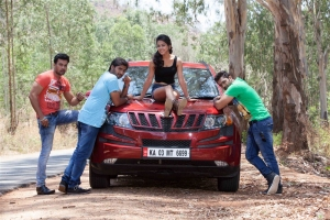 Vikram, Niranjan Deshpande, Disha Pandey, RJ Rohit in Bombay Mittai Telugu Movie Stills