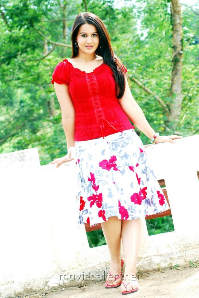 radhika chaudhari in tere naam