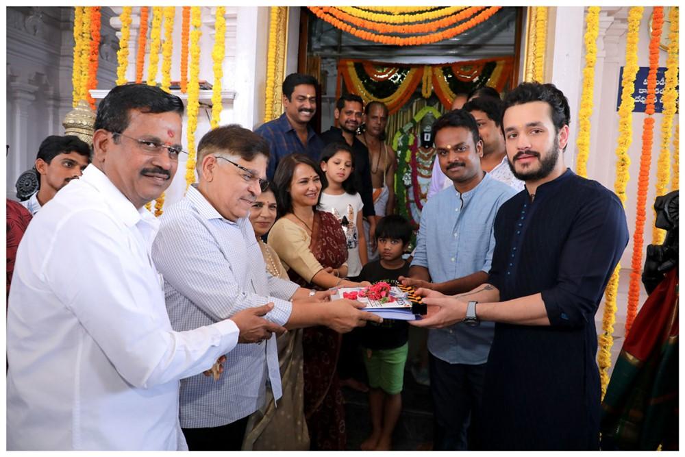 Kalaipuli Thanu, Allau Aravind @ Bommarillu Bhaskar Akhil Akkineni Movie Opening Stills