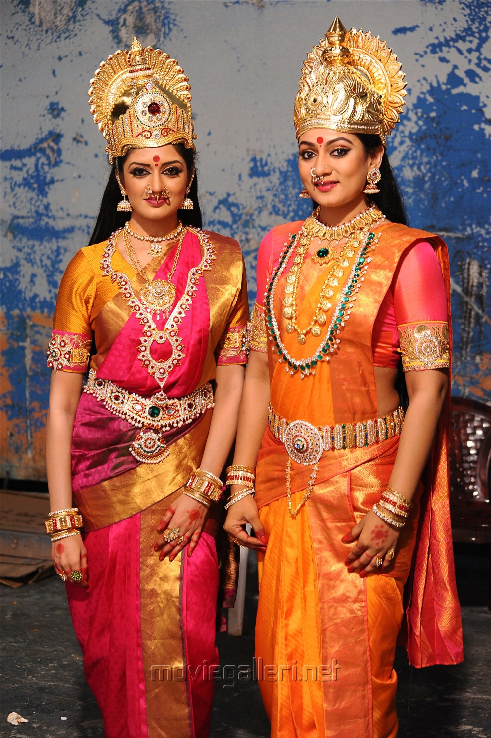 Vimala Raman, Ashmitha  in Brammanda Nayagan Movie Stills
