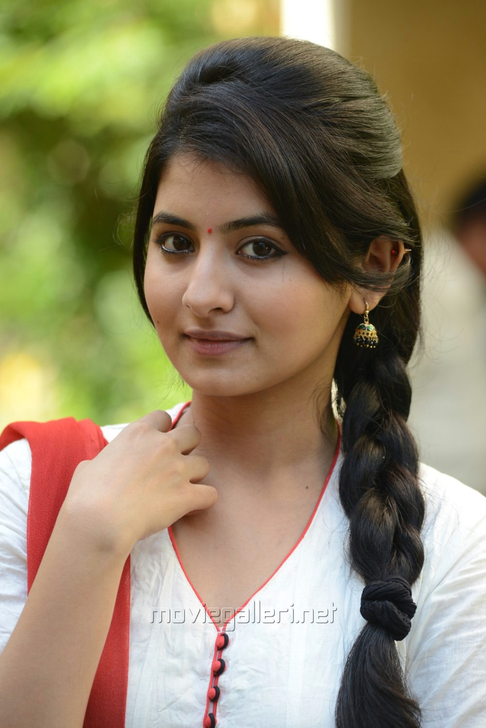 Reshmi Menon Photos Reshmi Menon Photo Gallery Veethi