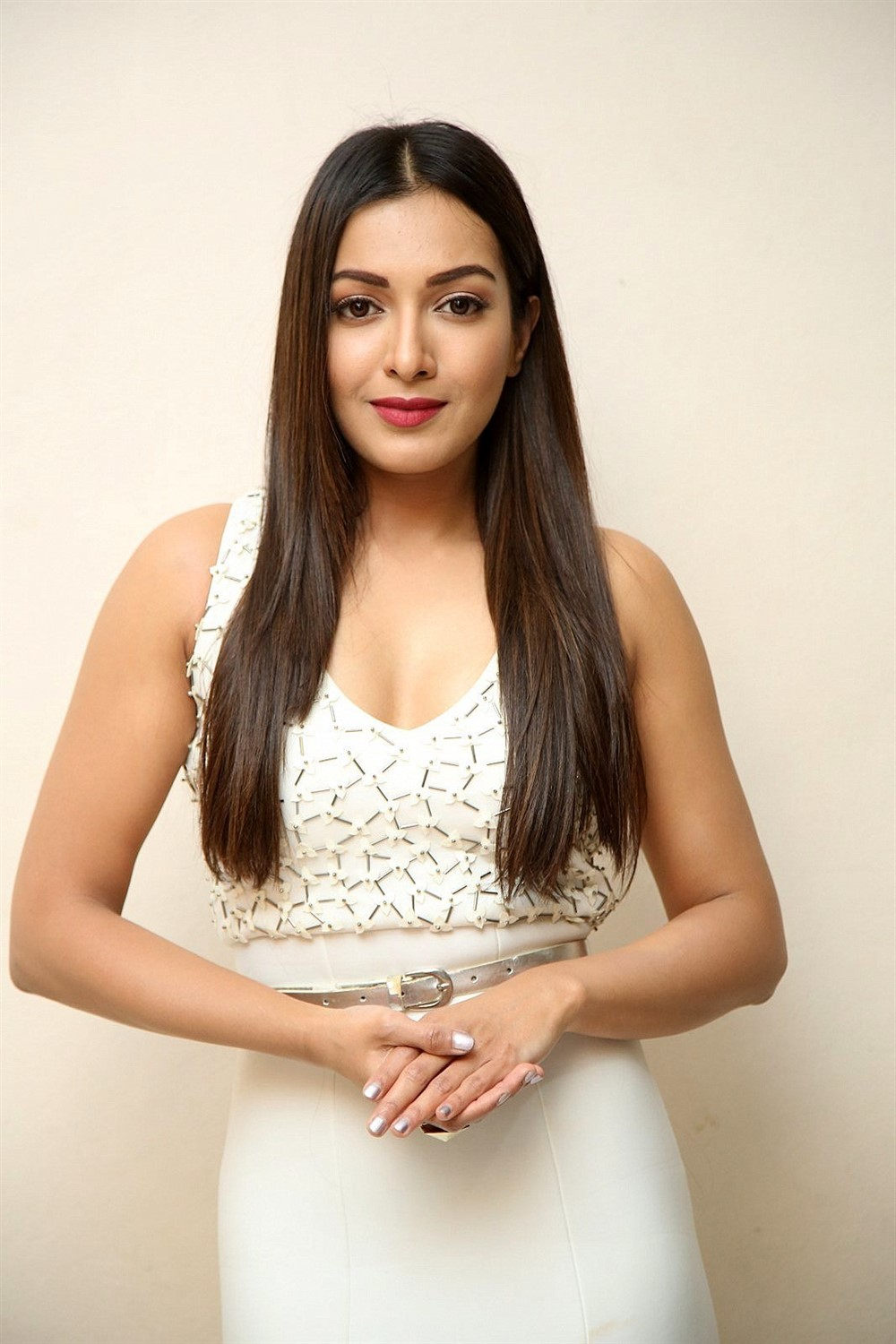 Telugu Actress Catherine Tresa Photoshoot Images
