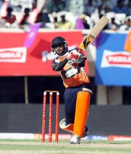 Riteish Deshmukh at CCL 3 Veer Marathi Vs Bengal Tigers Match Photos