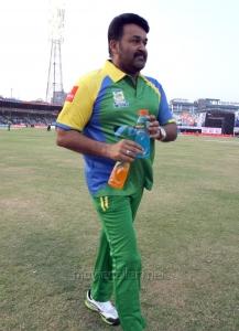 Mohanlal @ CCL 4 Final Karnataka Bulldozers vs Kerala Strikers Match Photos