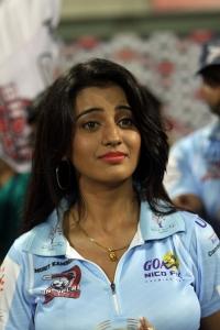 Akshara Singh @ CCL 4 Veer Marathi Vs Bhojpuri Dabanggs Match Photos