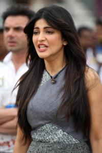 Actress Shruti Hassan @ CCL 4 Veer Marathi Vs Mumbai Heroes Match Images
