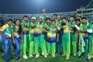 CCL 6 Kerala Strikers Vs Chennai Rhinos Match Photos