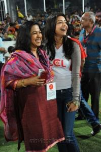 Radhika Sarathkumar, Kajal Agarwal at CCL Final Match 2012 Stills