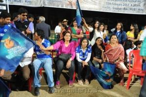 Karnataka Bulldozers vs Mumbai Heroes