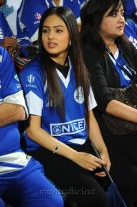 Actress Nikesha Patel in CCL season 2 match