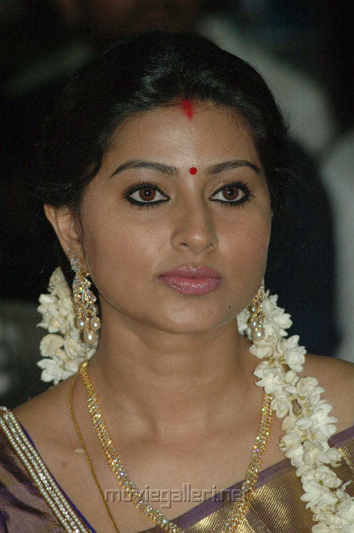 picture 275079 actress sneha at beacon tour event stills new