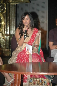 Anusha Dhayanidhi Alagiri at NEFERTARI Fashion show stills