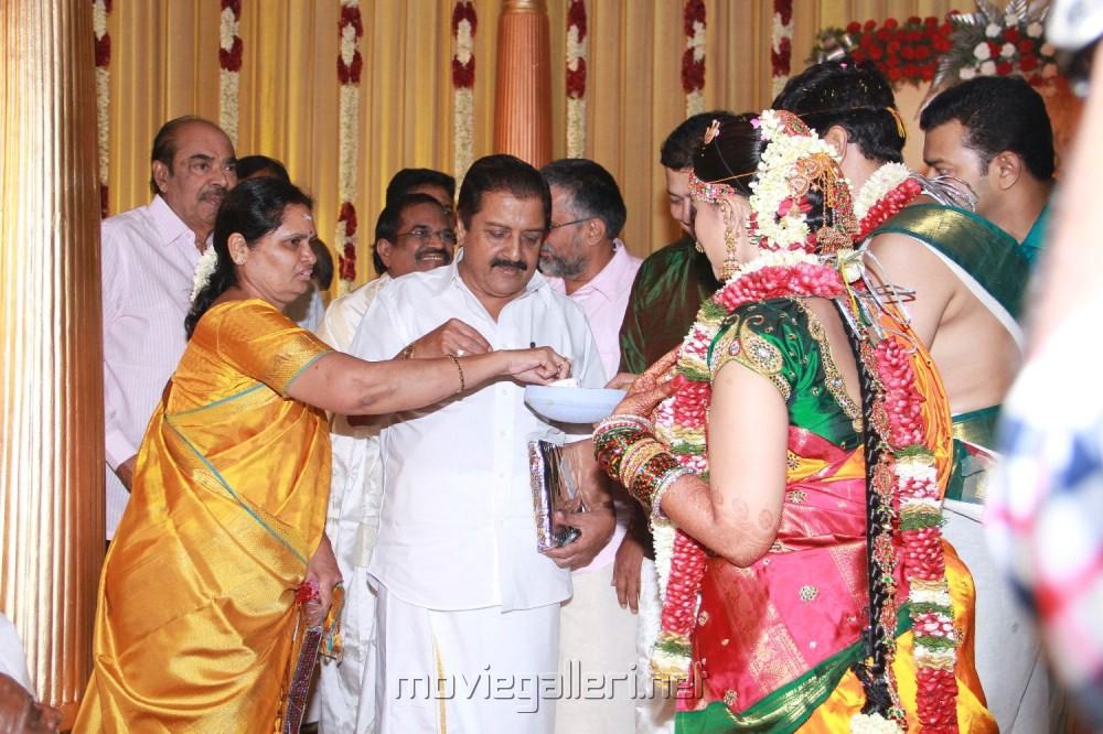 Sivakumar Wife Lakshmi Sivakumar Wife Lakshmi at
