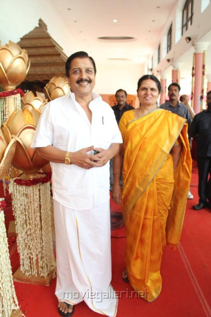 Sivakumar Wife Lakshmi Lakshmi Sivakumar at Sneha