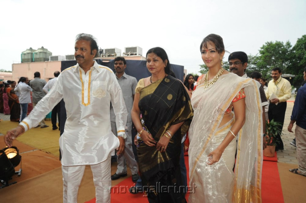 Picture 540447 Celebs Balakrishna Second Daughter