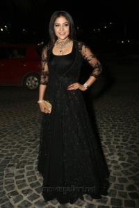 Actress Sakshi Agarwal @ 64th Filmfare Awards South 2017 Red Carpet Photos
