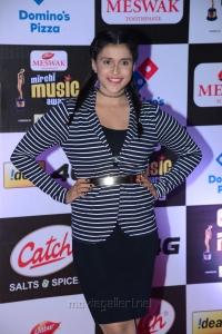 Actress Mannara Chopra @ Mirchi Music Awards South 2015 Red Carpet Photos