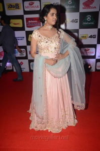 Actress Manasa Himavarsha @ Mirchi Music Awards South 2015 Red Carpet Photos