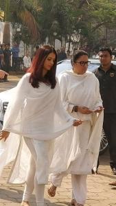 Aishwarya Rai Visit Sridevi Condolence Meet Photos