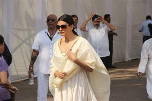Sushmita Sen Visit Sridevi Condolence Meet Photos