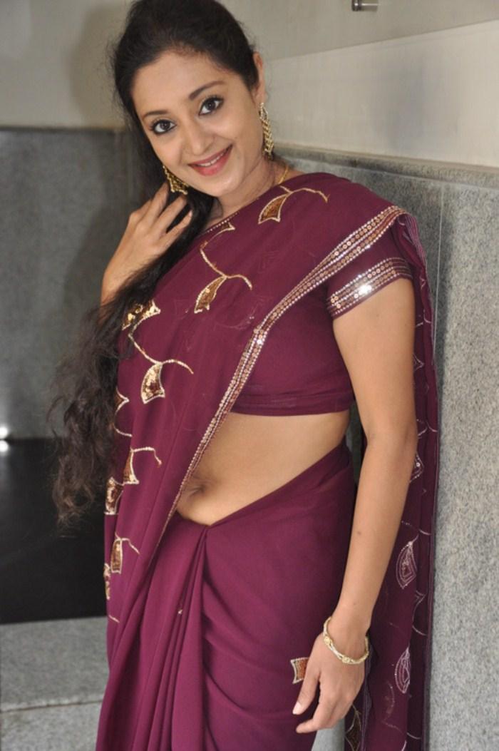 old actresses photos malayalam old hot actress