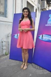 Chashme Baddoor Actress Tapsee Pannu in Pink Skirt Stills