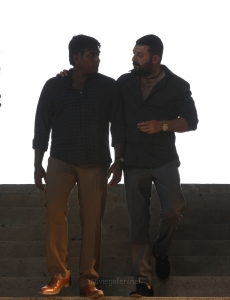 Vijay Sethupathi, Aravind Swamy in Chekka Chivantha Vaanam Movie Images HD