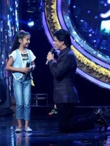 Sugandha, Shahrukh Khan in Chennai Express Promotions @ Indian Idol Juniors