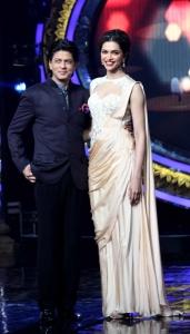 SRK & Deepika Promotes Chennai Express @ Indian Idol Juniors