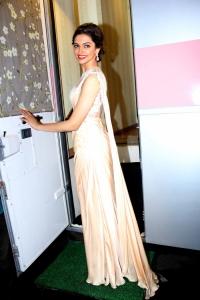 Actress Deepika Padukone Promotes Chennai Express @ Indian Idol Juniors