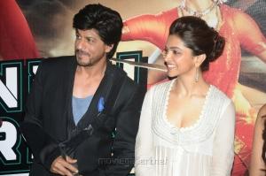 Shahrukh Khan, Deepika Padukone at Chennai Express Trailer Launch Stills