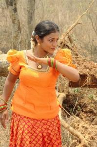 Heroine Kamali in Chennai Pakkathula Movie Stills