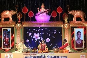 Ida Balakrishnan @ Chennaiyil Thiruvaiyaru 2016 Day 7 Photos