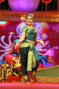 Dhiksha Kishore Bharatanatyam @ Chennaiyil Thiruvaiyaru Season 12 - Day 4 Images