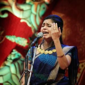 Malavika, Shravan, Madhu Iyer @ Chennaiyil Thiruvaiyaru Season 14 Day 2 (19th Dec) Photos