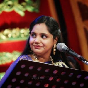 Saindhavi & Vinaya @ Chennaiyil Thiruvaiyaru Season 14 Day 2 (19th Dec) Photos