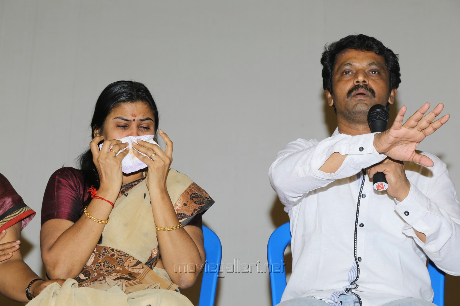 Director Cheran with wife Selvarani Photos