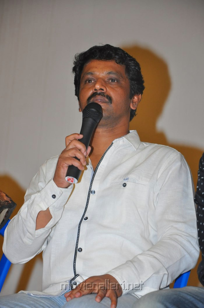 director cheran and his wife press meet