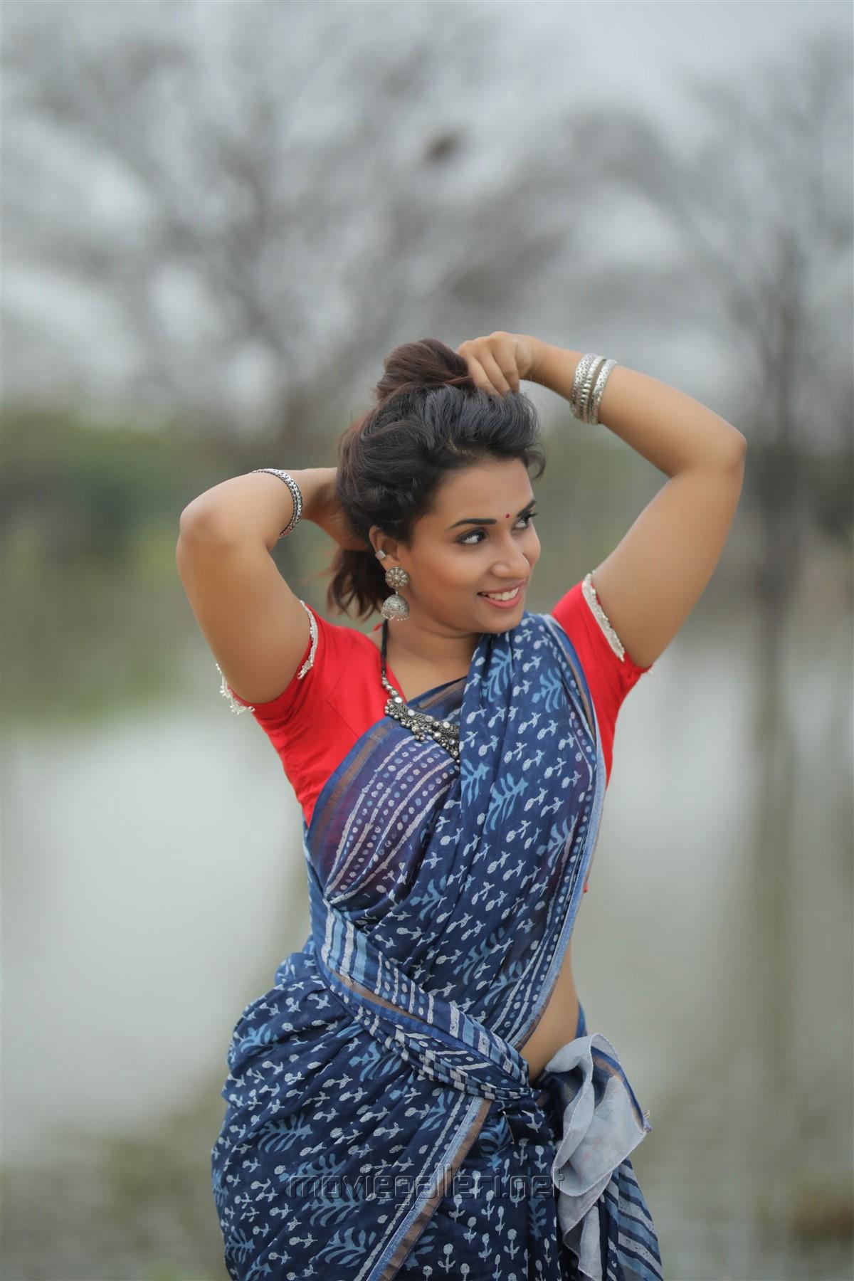 Actress Chetana Uttej Hot Photo Shoot HD Stills