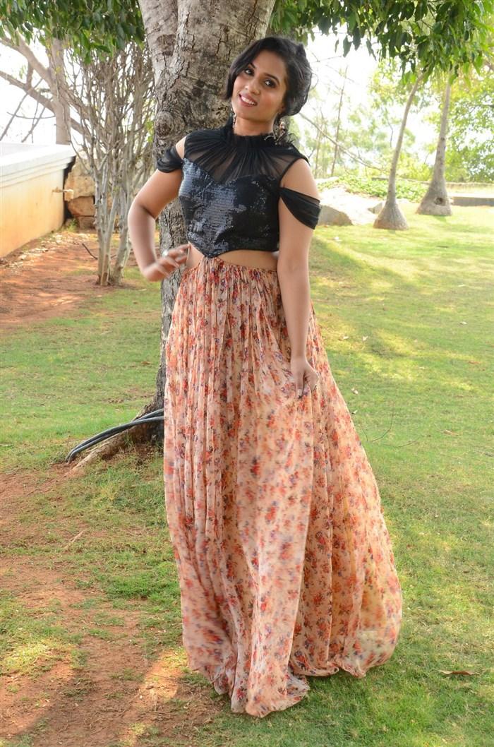 Actor Uttej's daughter Chetana Photos