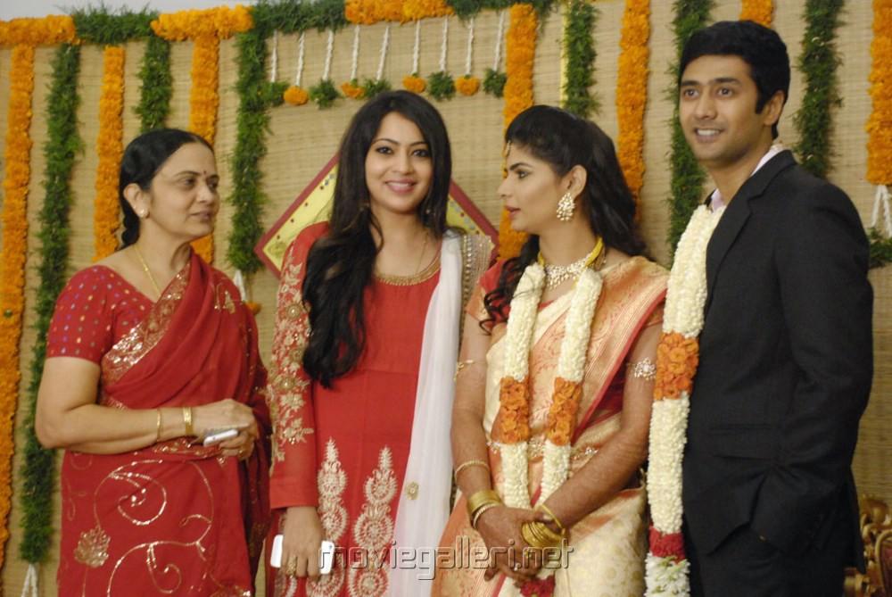 Anchor Ramya Chinmayi Rahul Ravindran Wedding Reception Photos