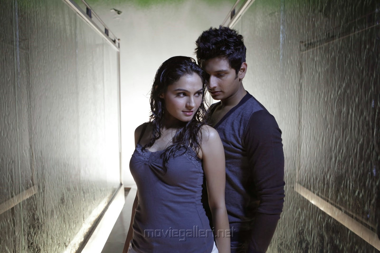 Andrea Jeremiah, Jeeva in Chirunavvula Chirujallu Movie Photos