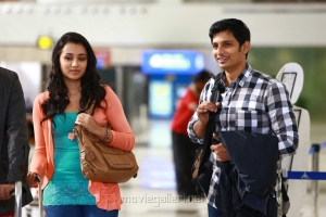Trisha, Jeeva in Chirunavvula Chirujallu Movie Stills