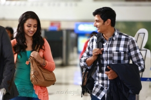 Trisha Krishnan, Jeeva in Chirunavvula Chirujallu Movie Stills