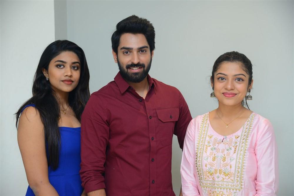 Malavika Satheesan, Shiva Kandukuri, Varsha Bollamma @ Choosi Chudangane Movie Platinum Disc Event Stills