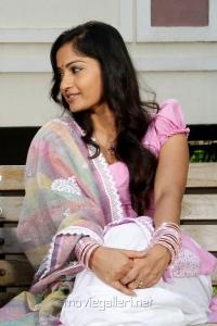 Actress Madhavi Latha in Choodalani Cheppalani Telugu Movie Stills