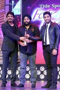Nagarjuna, Allu Arjun at CineMAA Awards 2013 Function Photos
