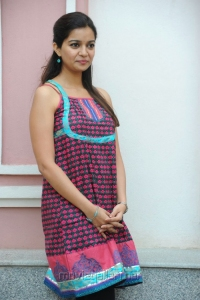 Colors Swathi Cute Pics