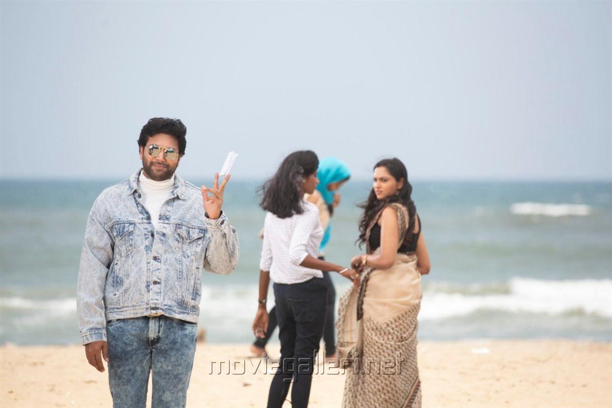 Jayam Ravi in Comali Movie Stills HD